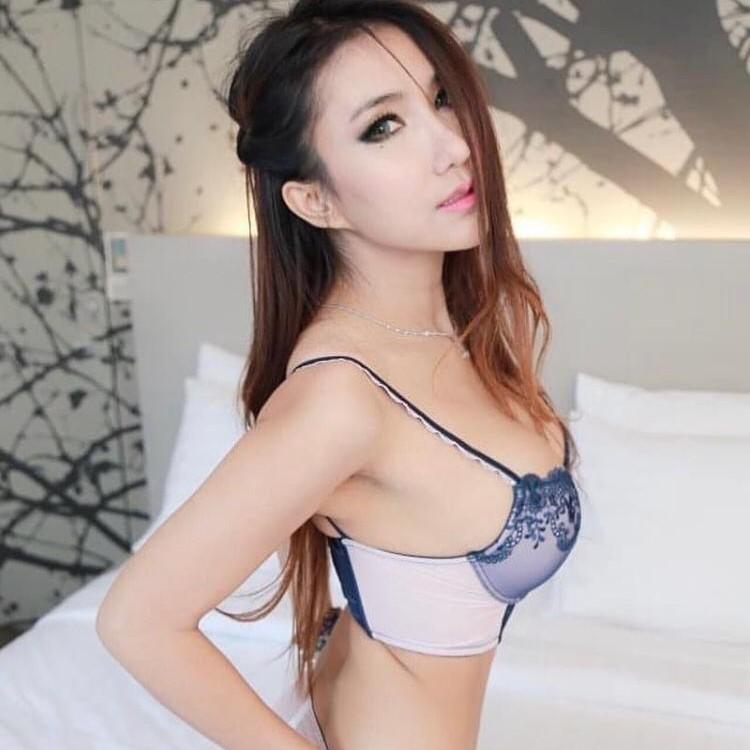 mongolian damia massage girl kl