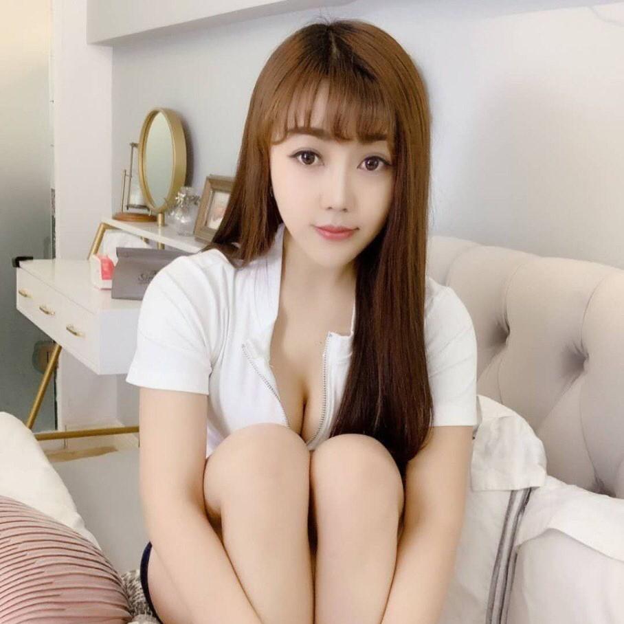 mongolian escort girl daisy 20 (2)